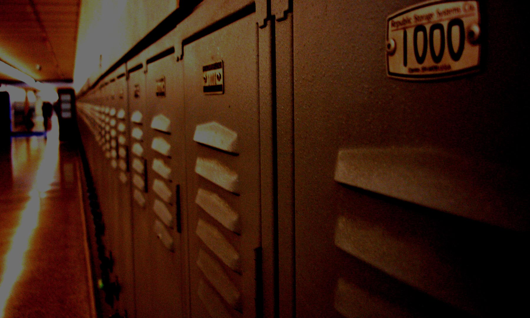 Background Lockers3